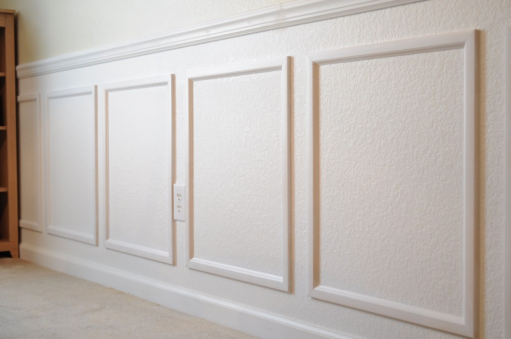 Faux Wainscoting Laughter and Grace : Molding 1024x680 from www.laughterandgrace.com size 1024 x 680 jpeg 120kB